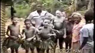 preview picture of video 'Initiation Ceremony in Dyanga'