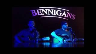 UB40 Red Red Wine Acoustic    String Empire Cover Live