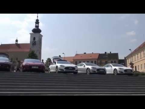 Sraz klubu elektromobilů TESLA v Prčici
