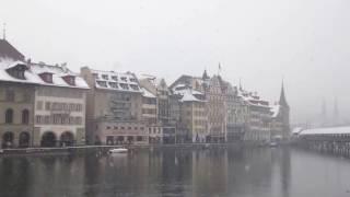スイス発 ルツェルン・銀世界に見えるカペル橋【スイス情報.com】
