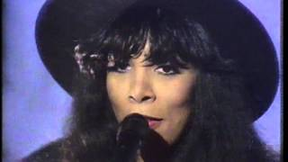 Donna Summer - This time  I know it's for real- Top of the Pops 1988