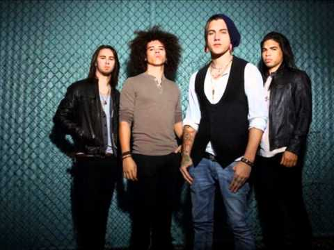 Black Tide - Let It Out (Spanish Version) with Lyrics