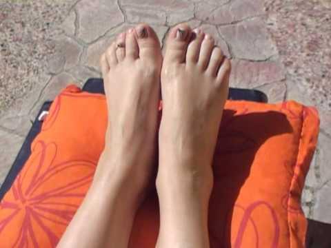 Die Nagelzwänge auf den Beinen die Behandlung in krasnodare