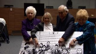 Auschwitz survivor returns to Poland to recreate liberation photo