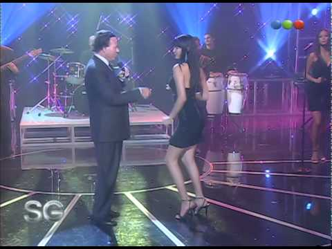 "Julio Iglesias canta ""El Bacalao"" - Susana Giménez 2007"