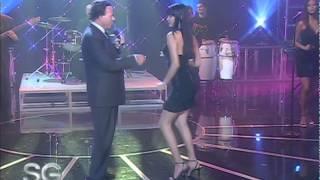 "Julio Iglesias Canta ""El Bacalao""   Susana Giménez 2007"