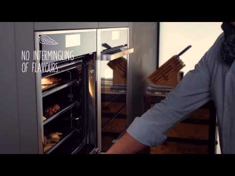 NEFF Single Oven Electric B57CR22N0B - Stainless Steel Video 3