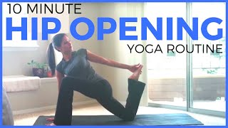10 Minute Yoga For Beginners | Gentle Hip Opening Yoga