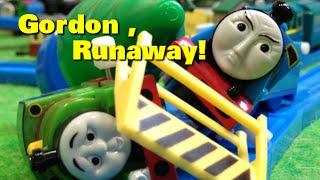 """トーマス プラレール ガチャガチャ ゴードンの暴走 Tomy Plarail Thomas """"Gordon,Runaway"""""""
