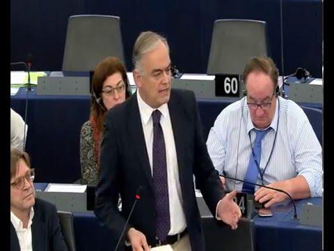 González Pons pide a los países de la UE afrontar juntos la crisis migratoria y sin políticas populistas