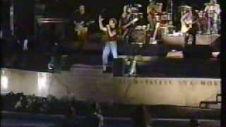 "NKOTB - ""I dont know why I love you"" live in Joey McIntyre solo concert 01 - Meet Joe Mac with Eman"