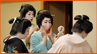 Japanese Geisha Struggle To Operate