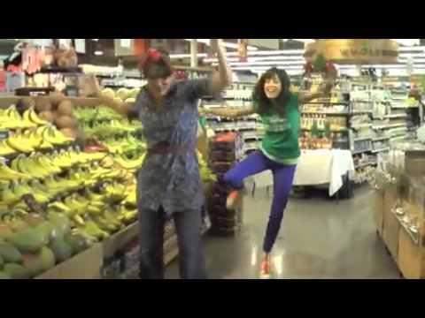 GO BANANAS! Lolly & YoYo Dance to the Banana Song at Whole Foods!