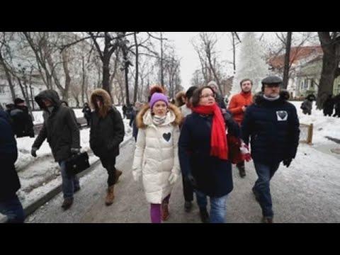 Miles de personas marchan en la capital rusa por la libertad de los presos politicos