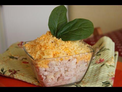 Салат с рыбными консервами в масле