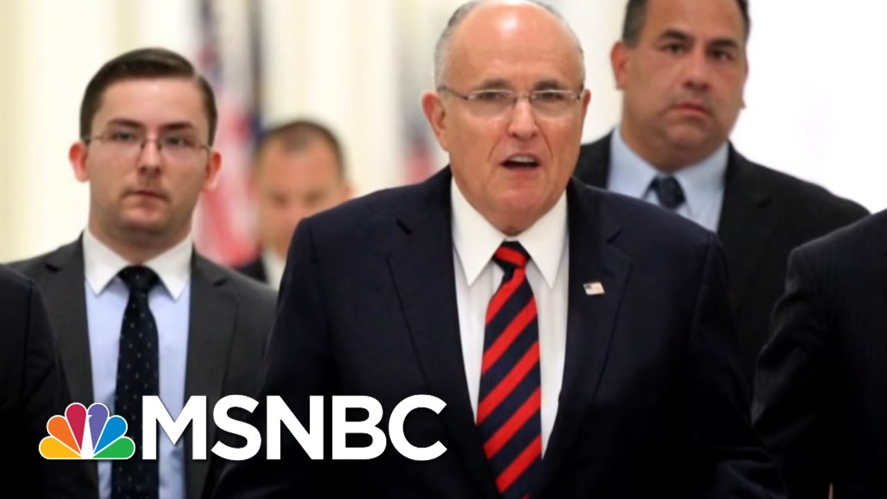 Most White House Staff On Robert Mueller: 'I Know Nothing' | MSNBC thumbnail