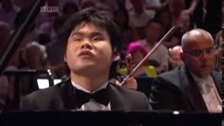 Rachmaninoff: Piano Concerto no.2 op.18 Nobuyuki Tsujii blind pianist BBC proms
