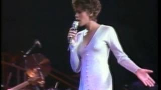 Whitney Houston - Who Do You Love