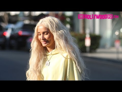 Pia Mia Perez Rocks A Neon Yellow Sweatsuit To Lunch With Friends In Beverly Hills 11.25.19