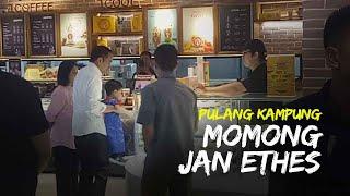 Akhir Pekan Keluarga Jokowi Kunjungi Hartono Mall, Jan Ethes Minta Donat hingga Ditemani Bermain