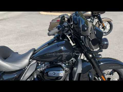 2020 Harley-Davidson® Ultra Limited – Black Option