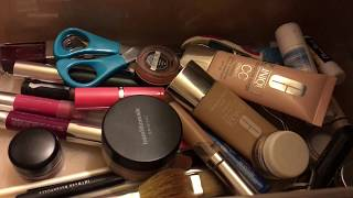 KonMarie Organizing My Makeup Drawer