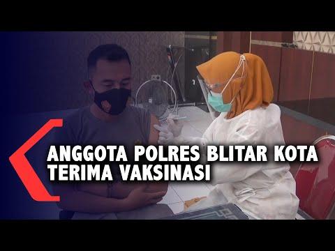 Puluhan Anggota Polres Blitar Kota Terima Vaksinasi Covid-19