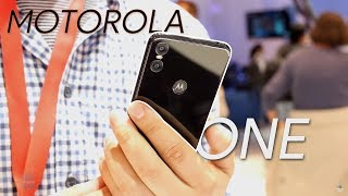 Motorola One and One Power hands-on: mid-range iPhone look-alikes