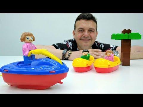 Parque Aquático para los Playmobil. Barcos de juguete. Vídeos de juguetes