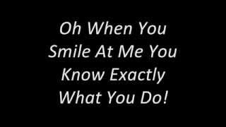 Gambar cover Everything-Michael Buble Lyrics.