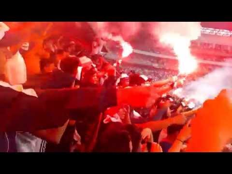 """Muerte Blanca Especial desde las Gradas....Final Copa Pilsener  2015"" Barra: Muerte Blanca • Club: LDU"