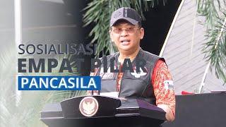 Suasana Sosialisasi 4 Pilar Kepada Bikers oleh MPR di Halaman Gedung Parlemen