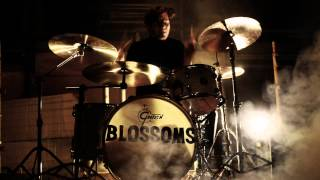 Blossoms   'Blow'