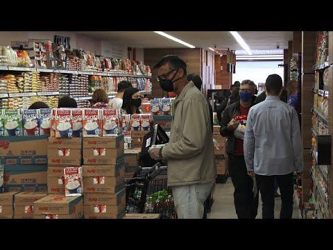 Com a grande procura das pessoas por supermercados, como fica o distanciamento social?
