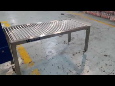 Mesa de rodillos en acero inox para termoencogible