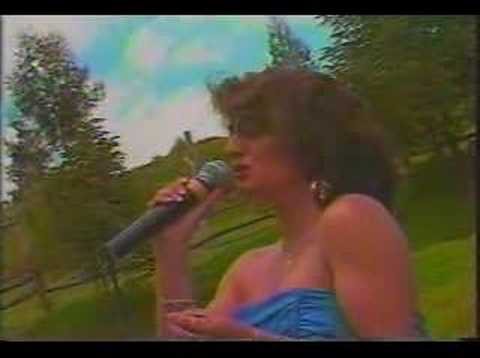 Parece Mentira - Paulina Tamayo (Video)