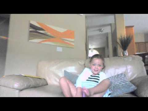 The Avery and Uncle Bonesaw Show - Webcam video from August 1, 2013 12:10 PM