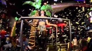 Party hard  Congo Bar Cancun
