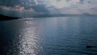 Spasmeno Karavi (greek song)