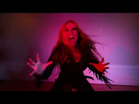 Lutharo - Unleash the Beast (Official Video) online metal music video by LUTHARÖ