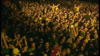 "Video thumbnail of ""Coldplay Yellow Live Glastonbury 2002"""