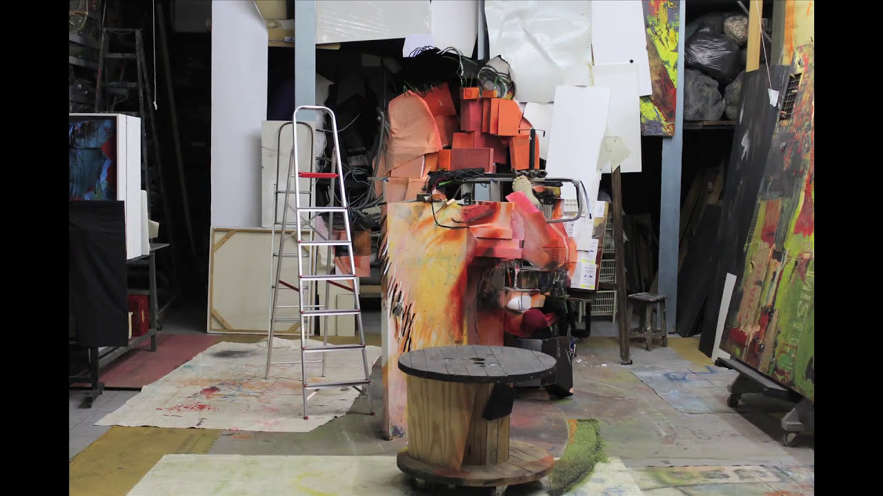 anamorphic art installation portrait time lapse by marcos sachs