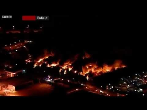 Sony Distribution Centre Goes Up In Flames During London Riots