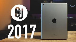 Should you buy the 2017 standard iPad? - Unboxing and Hands-On Review! - dooclip.me