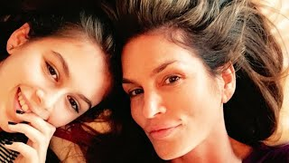 You Won't Believe How Much Kaia Gerber Takes After Mom Cindy Crawford