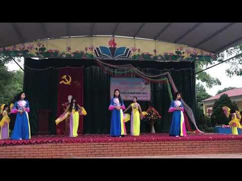"""Múa hát """"Người thầy"""" lớp 8B - Trường THCS Bình Thuận"""