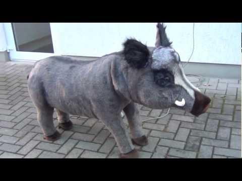 Pluesch Wildschwein / Boar ca. 120-67 cm gross -/- Deko Werbefiguren Pfeil: