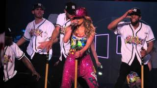 Jennifer Lopez's Opening Las Vegas Concert Brings Out Stars in Droves | Splash News TV