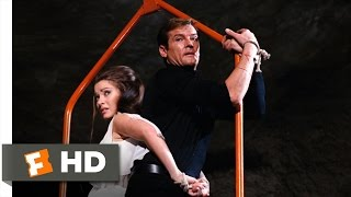 Live and Let Die (9/10) Movie CLIP - The Shark Tank (1973) HD