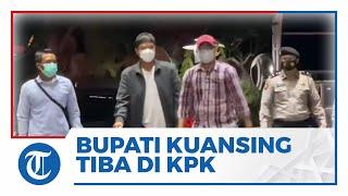 Tiba di Gedung KPK, Bupati Kuansing Andi Putra Tersangka Dugaan Suap Bungkam saat Ditanya Awak Media
